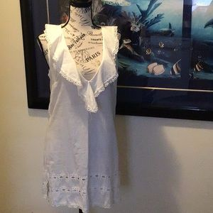Lightweight white beach cover dress Sz Small